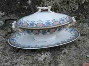 Comment reconnaître de la vaisselle ancienne ?