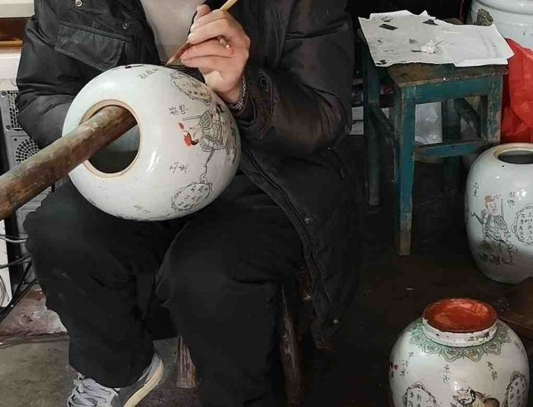 Comment reconnaître porcelaine ancienne ?